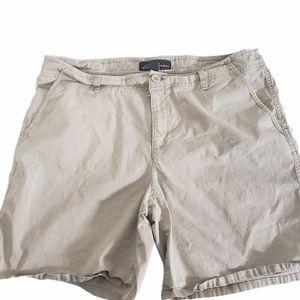 Eddie Bauer Cotton Short Size 12 Tan